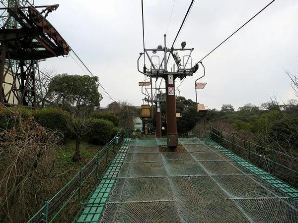松山城のリフトから見えた天守