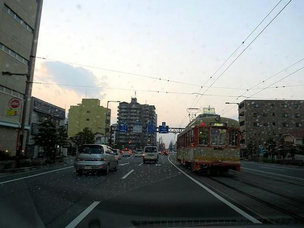 夕暮れの松山市内