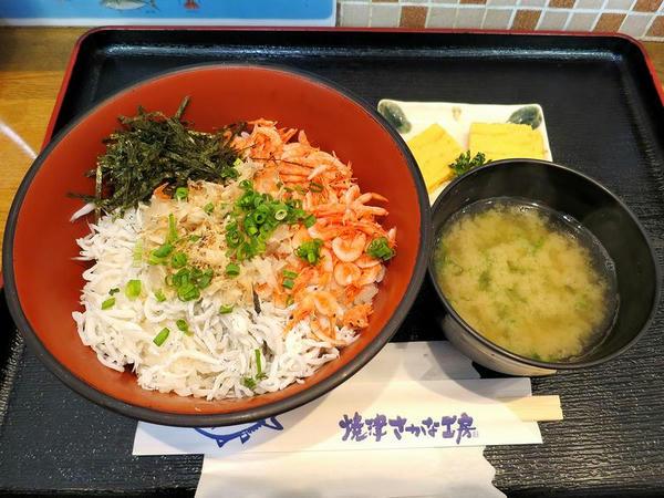 桜えびとしらすの丼 850円