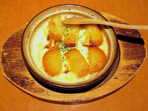 いも餅チーズ焼き 430円(税別)