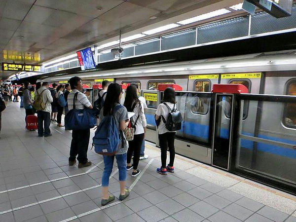 台北車站の月台