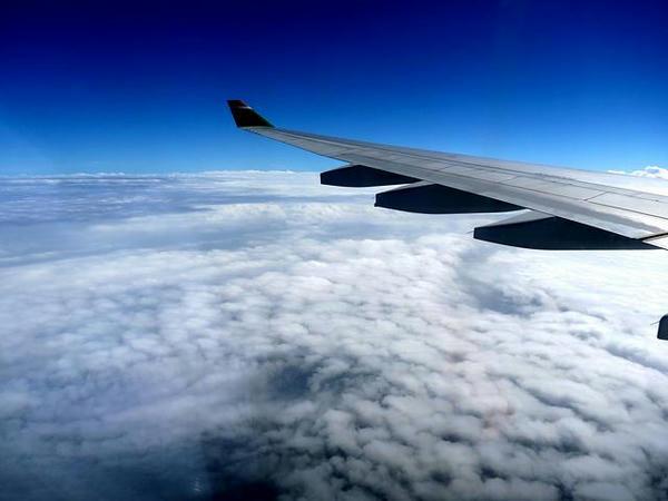 台北到着間近の窓からの眺め
