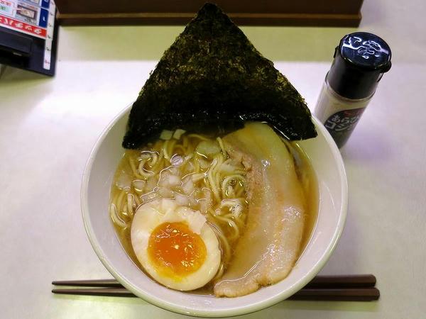 コク旨煮干しラーメン 380円(税抜き)