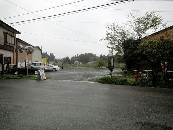 クルマを停めた民間駐車場