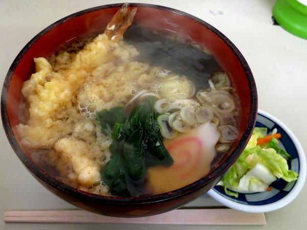 天ぷらそば 600円
