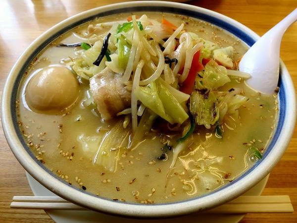 味玉野菜ラーメン(しお味) 830円