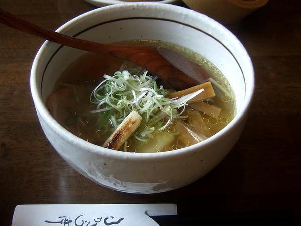 あっさり塩ラーメン(太麺・ハーフ) 525円 + Aランチ 294円