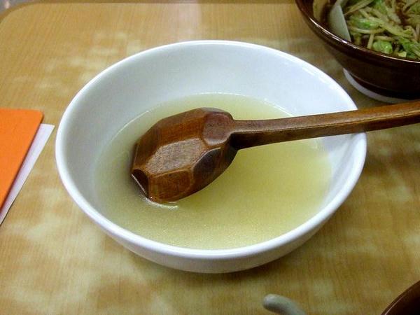 割りスープ(写真は2人前)