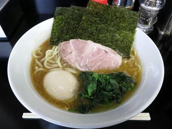 味玉ら~めん(中) 850円