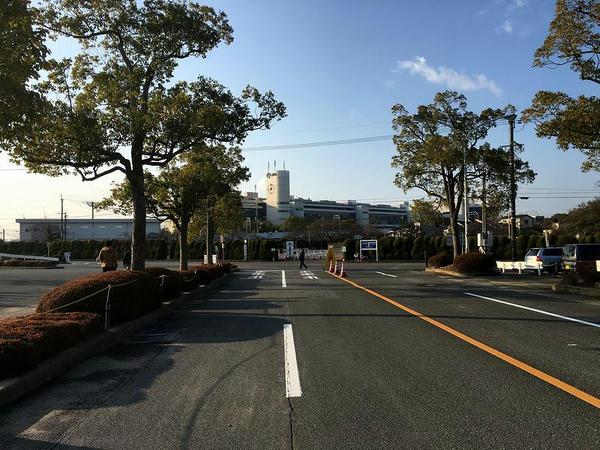 駐車場から見た京都競馬場