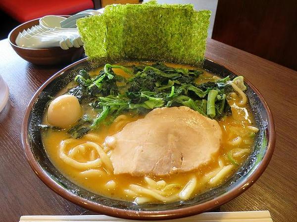 味噌ラーメン 750円 + ほうれん草増し(たくさん) 100円