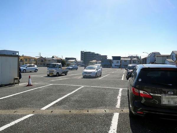 浦和競馬場第2駐車場に到着