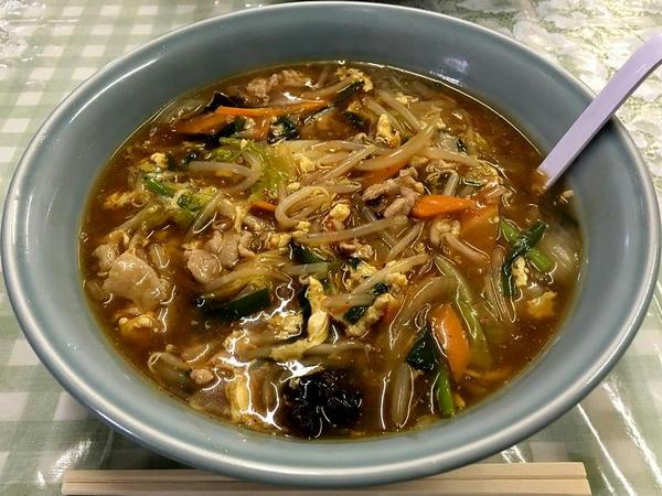 酸辣湯麺 750円