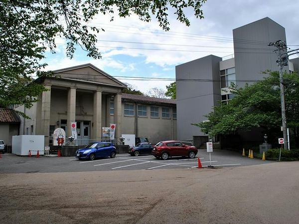 高岡市立博物館