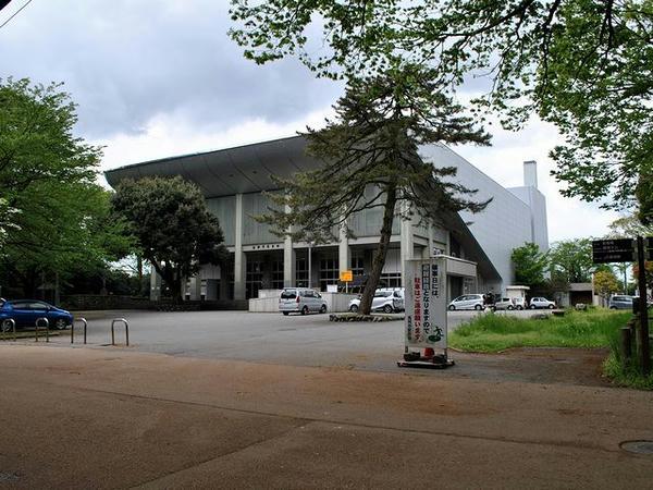二の丸にある市民会館