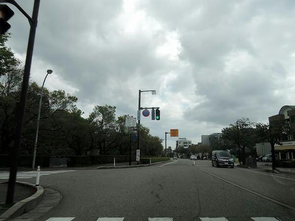 古城公園前交差点
