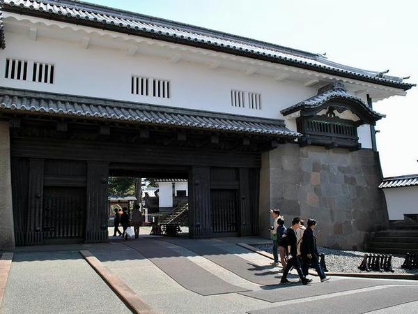 石川門の門