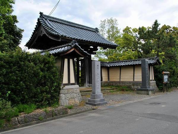 称念寺入口