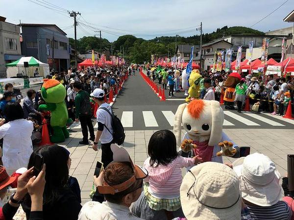 パレード中のキャラクター