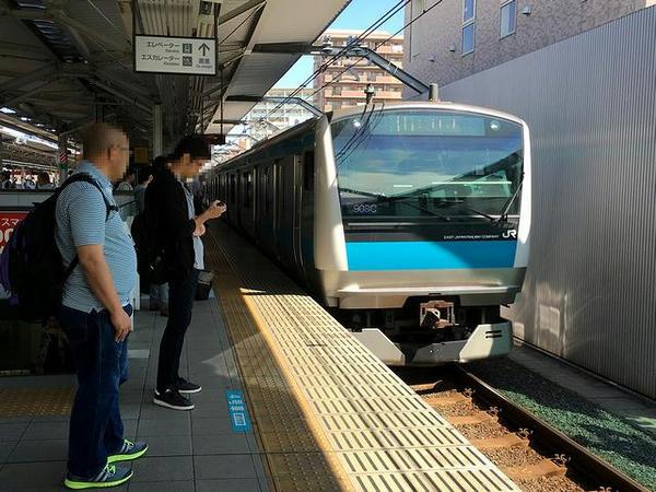 浦和駅で乗り換えたJR京浜東北線南行き普通列車