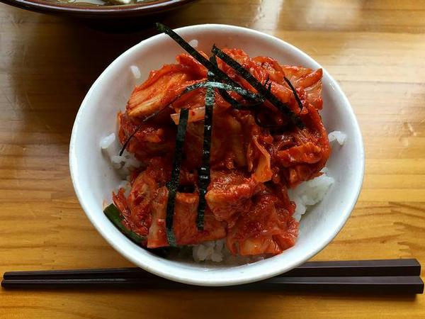 豚キムチ丼 300円