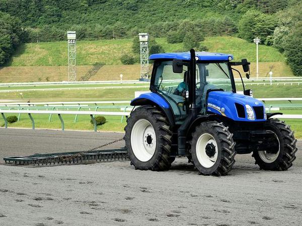 ニューホランド製トラクター