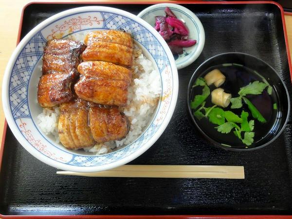 うなぎ丼(上) 1,300円