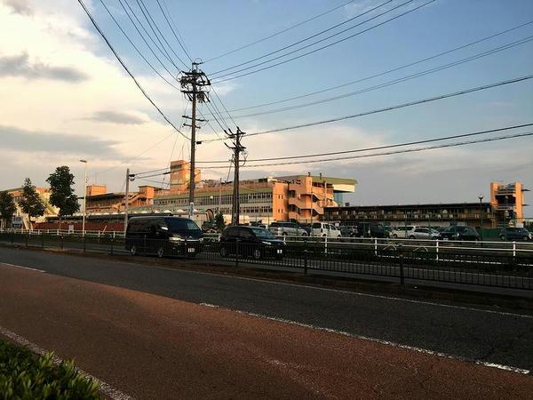 夕暮れの名古屋競馬場