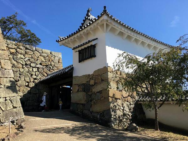 太鼓櫓とりの門