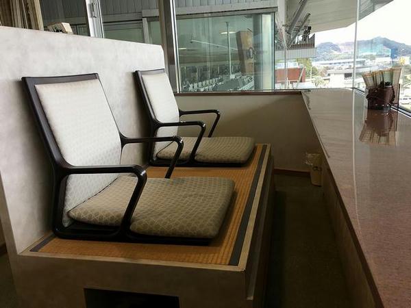 ロイヤル席の座席(今回座った席の隣の席)