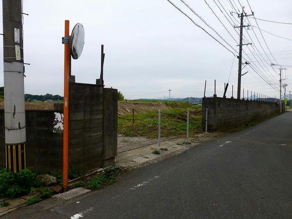 南端付近の外周ブロック塀