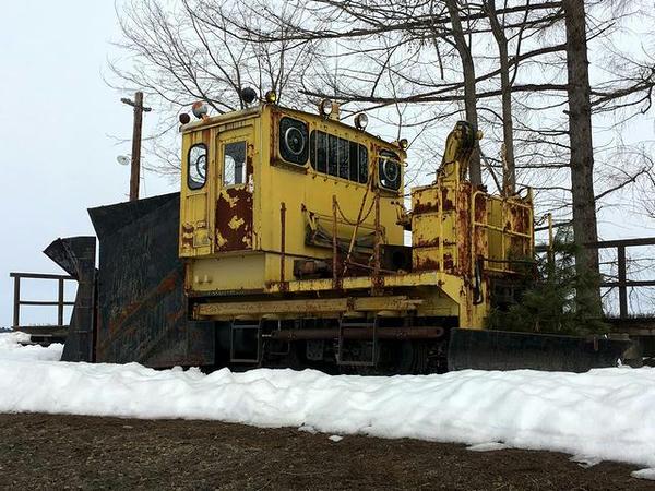 反対側から見た排雪用モーターカー