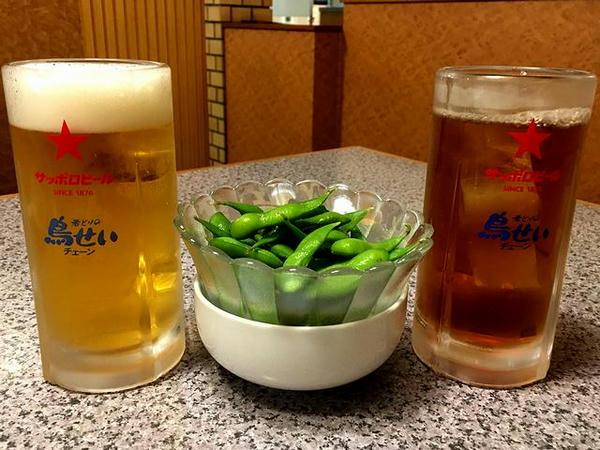 乾杯の生ビールとウーロン茶