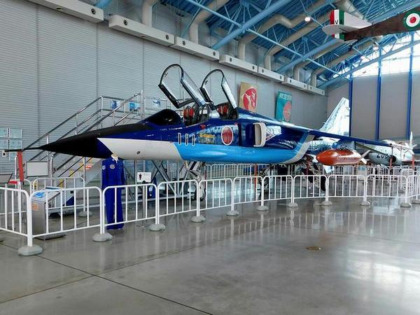 T-2練習機 ブルーインパルス仕様