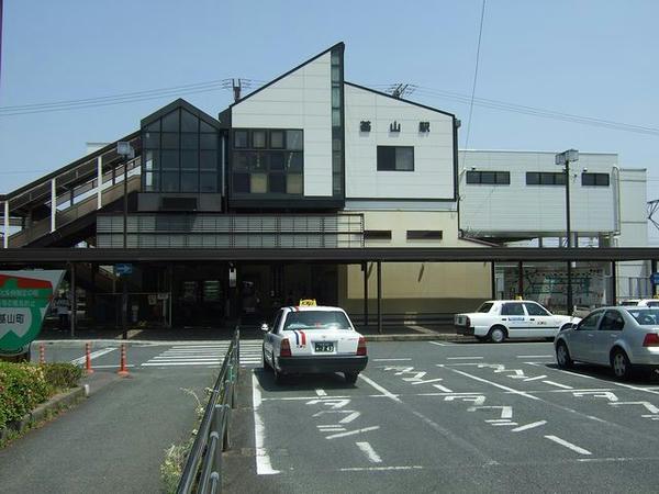 基山駅の駅舎