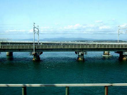 浜名湖を行く