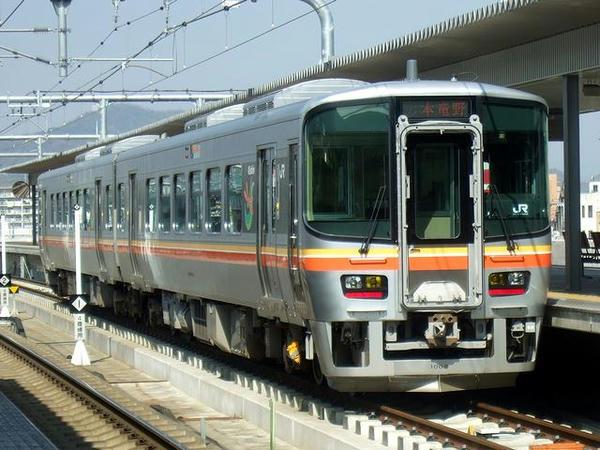 JR姫新線のキハ217系気動車