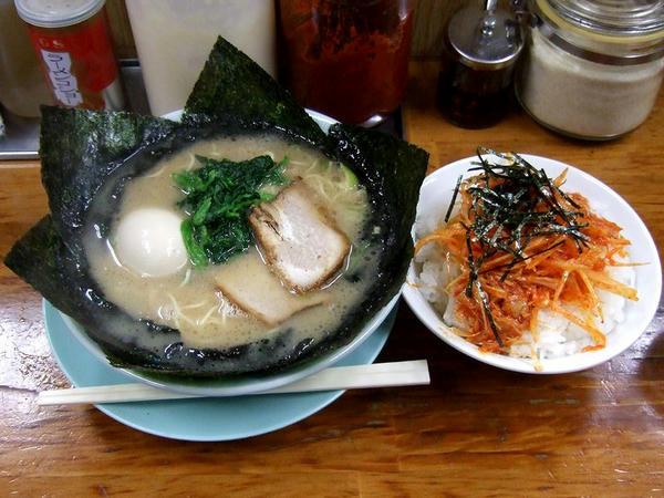 C定食(のり玉子ラーメンに変更、細麺、固さ・味・油全て普通) 1200円