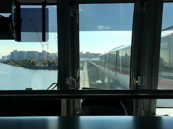 京浜運河を離れ平和島へ