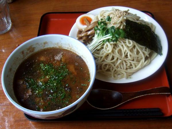キノコと鶏肉つけ麺(小[麺200g]) 740円