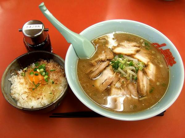 豚そば・玉子かけご飯セット(脂普通・味普通・麺普通) 980円