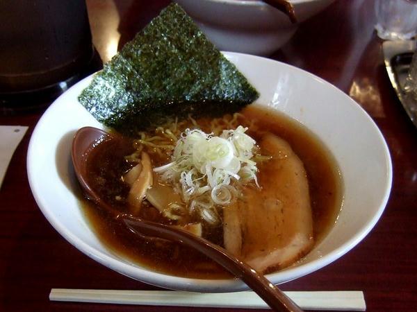 煮干醤油ラーメン 750円