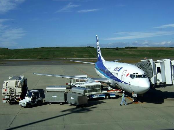 福島空港で出発準備中のANA867便