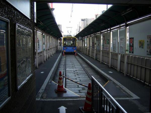 天王寺駅前駅の構内(1)