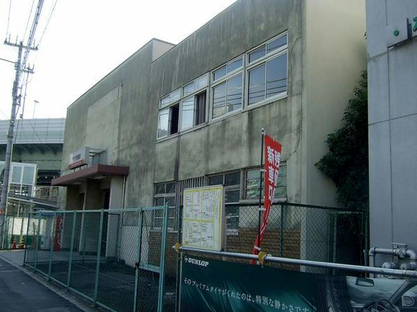 汐見橋駅の駅舎