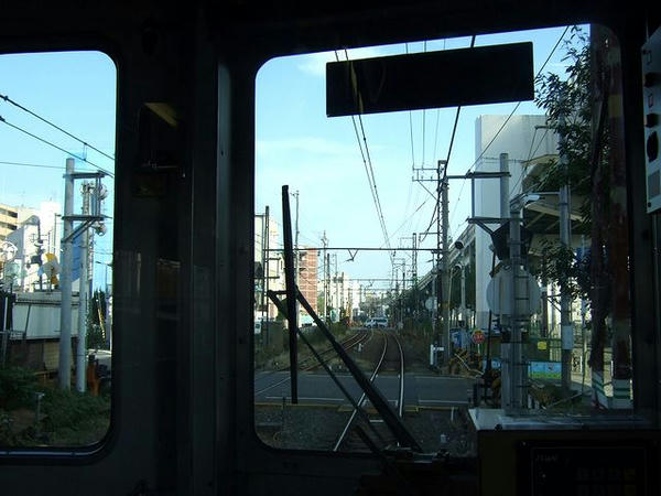 最後尾の車窓から2 阪神高速に沿って