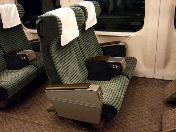 700系グリーン車のシート