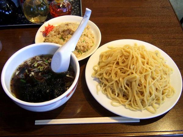 Aセット(半炒飯+醤油らーめんのところ醤油つけ麺[あっさり]に変更) 780円