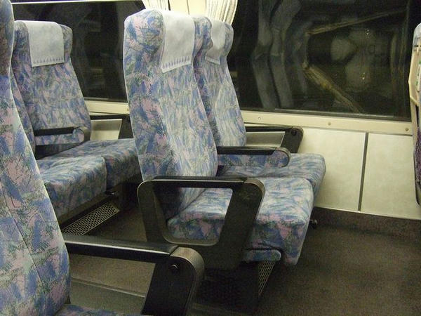 乗車したグリーン車の椅子