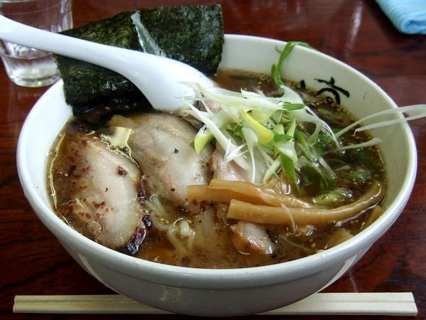 チャーシュー麺 880円